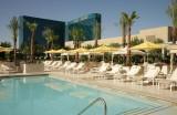 Pool The Signature at MGM Grand