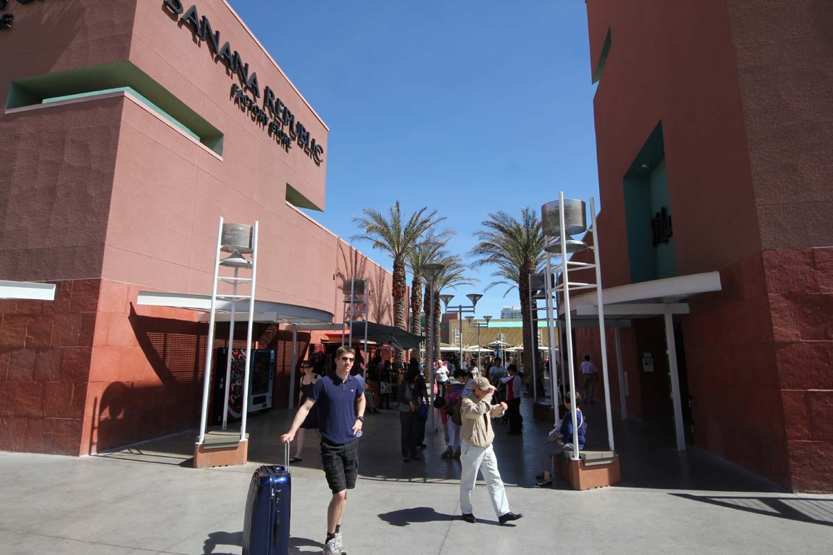 adidas outlet las vegas north