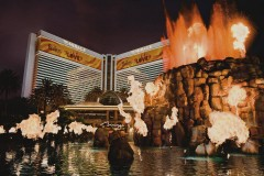 the mirage show las vegas strip